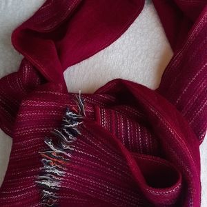Handmade alpaca scarf made in Ecuador